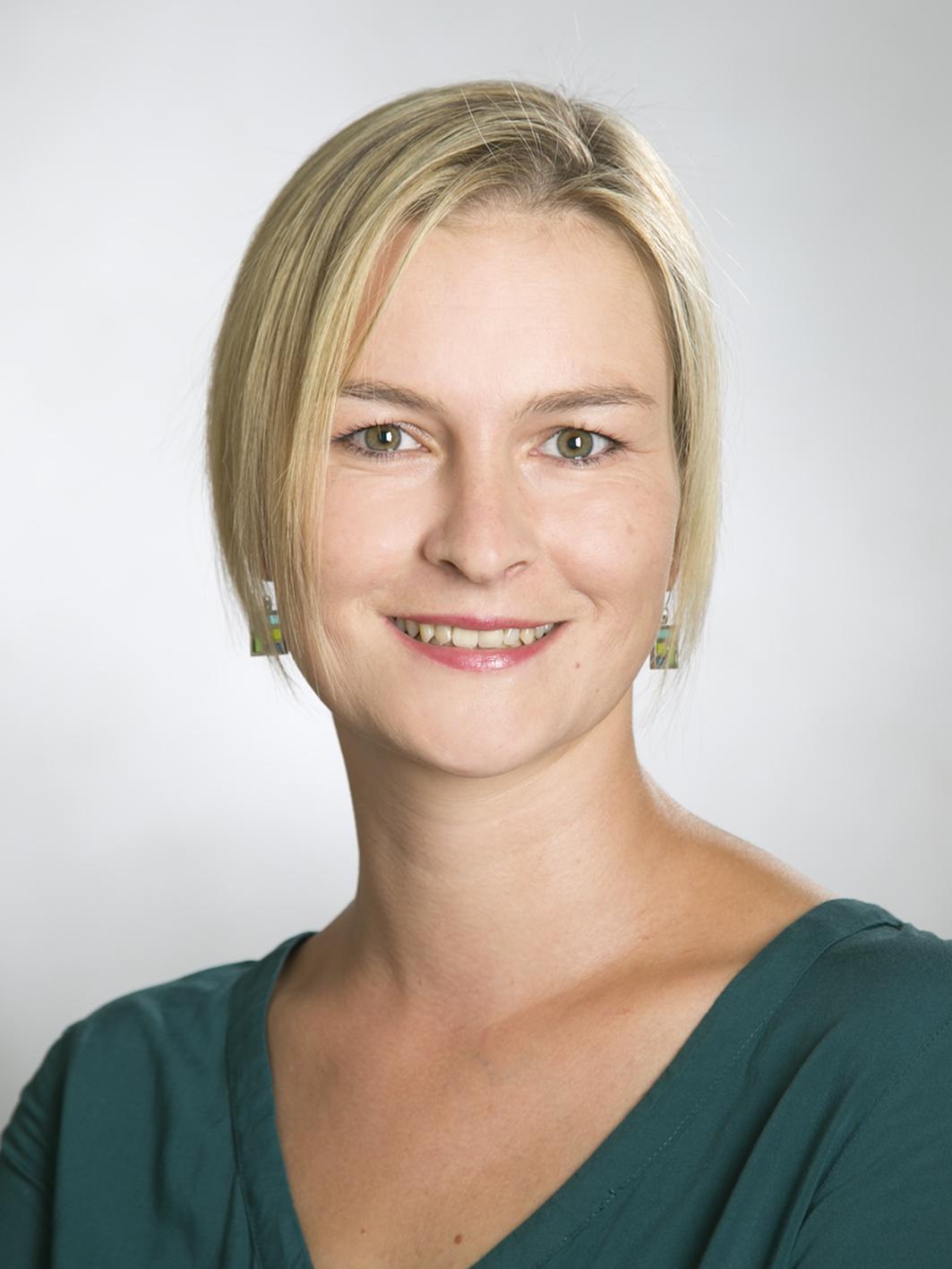 Gudrun Bürth